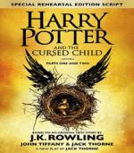 """Harry Potter and the Cursed Child af J. K. Rowling og den danske udgave """"Det forbandede barn"""""""